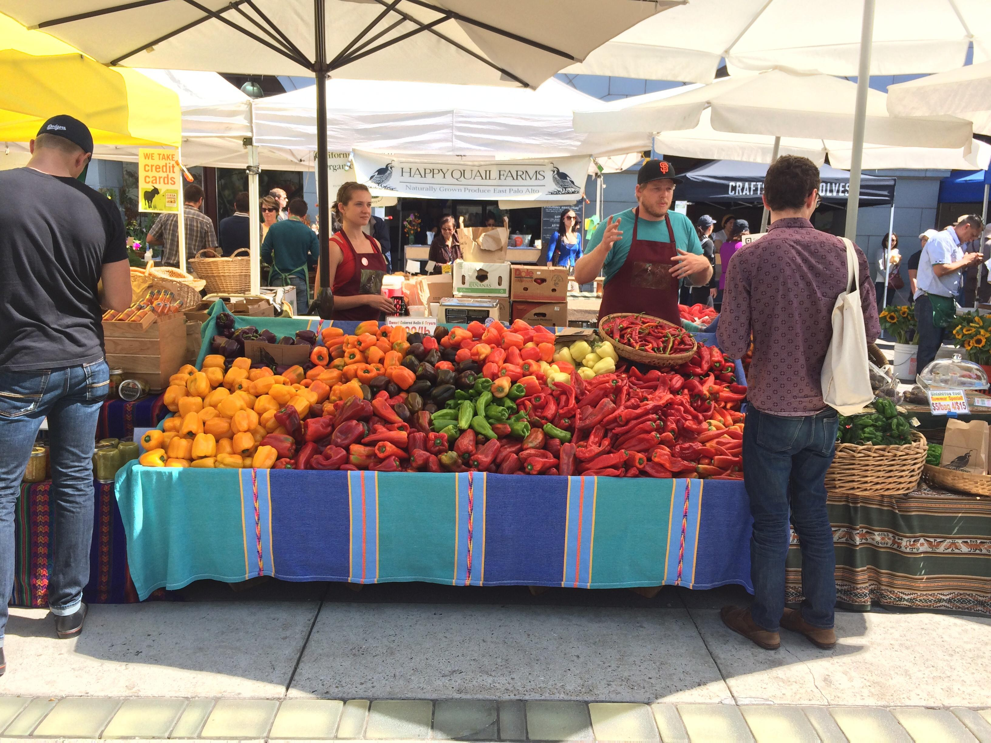 """supermarket or farmers market essay """"contrary to many consumers' perception, farmers market prices are competitive with regular supermarket prices,"""" fake said """"some prices are slightly higher, some slightly lower, but they are in the same range."""